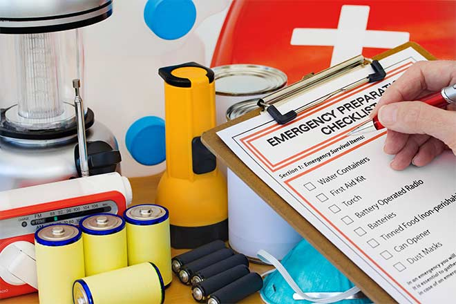 Your Hurricane Safety Kit Checklist and Preparedness Guide
